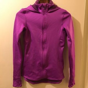 Pink Under Armour fitted Hood Sz Small